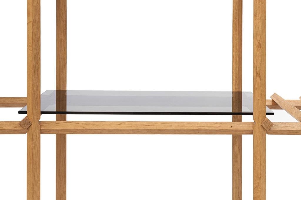 Angled Cabinet - glazen paneel