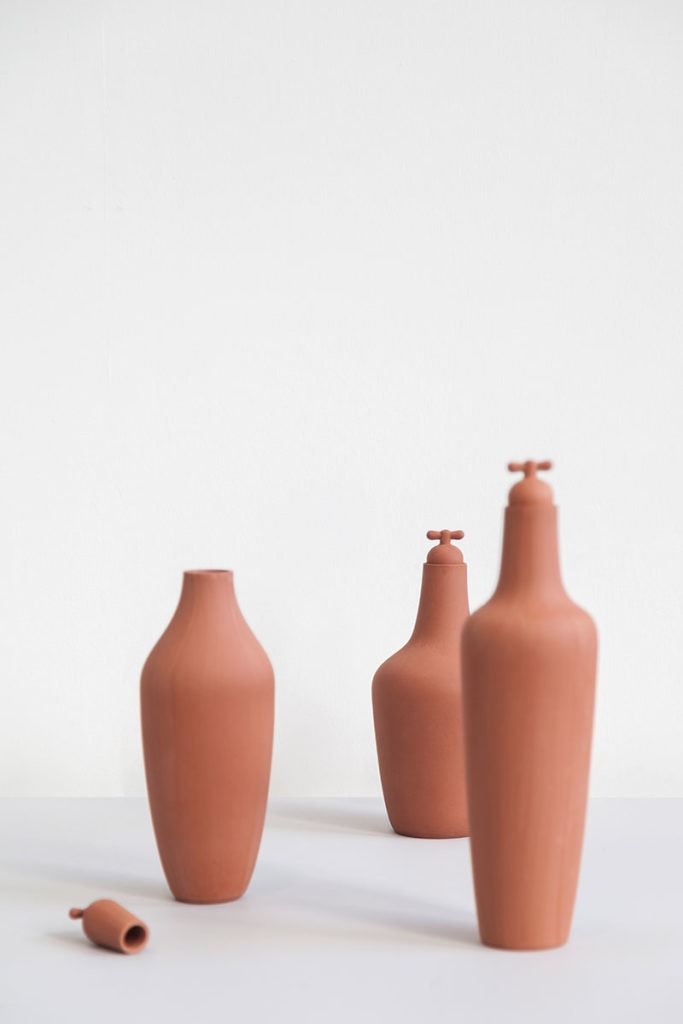 tap water carafe by lotte de raadt setting image by vij5 02