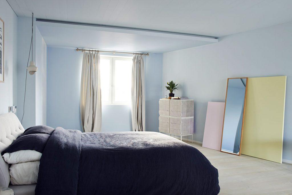 framed in setting foto door jamie mcgregor smith voor 19 greek street overview